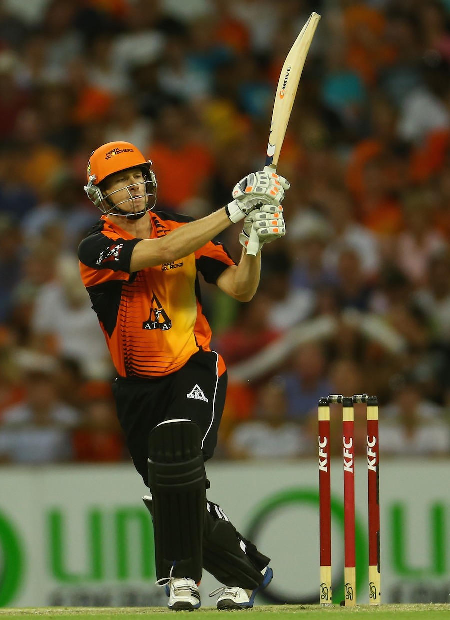 While Baseball's  Hot Stove Cools, Cricket Scores Down Under