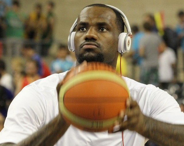 """""""Beats By Dre"""" Scores With NCAA Seeding…"""