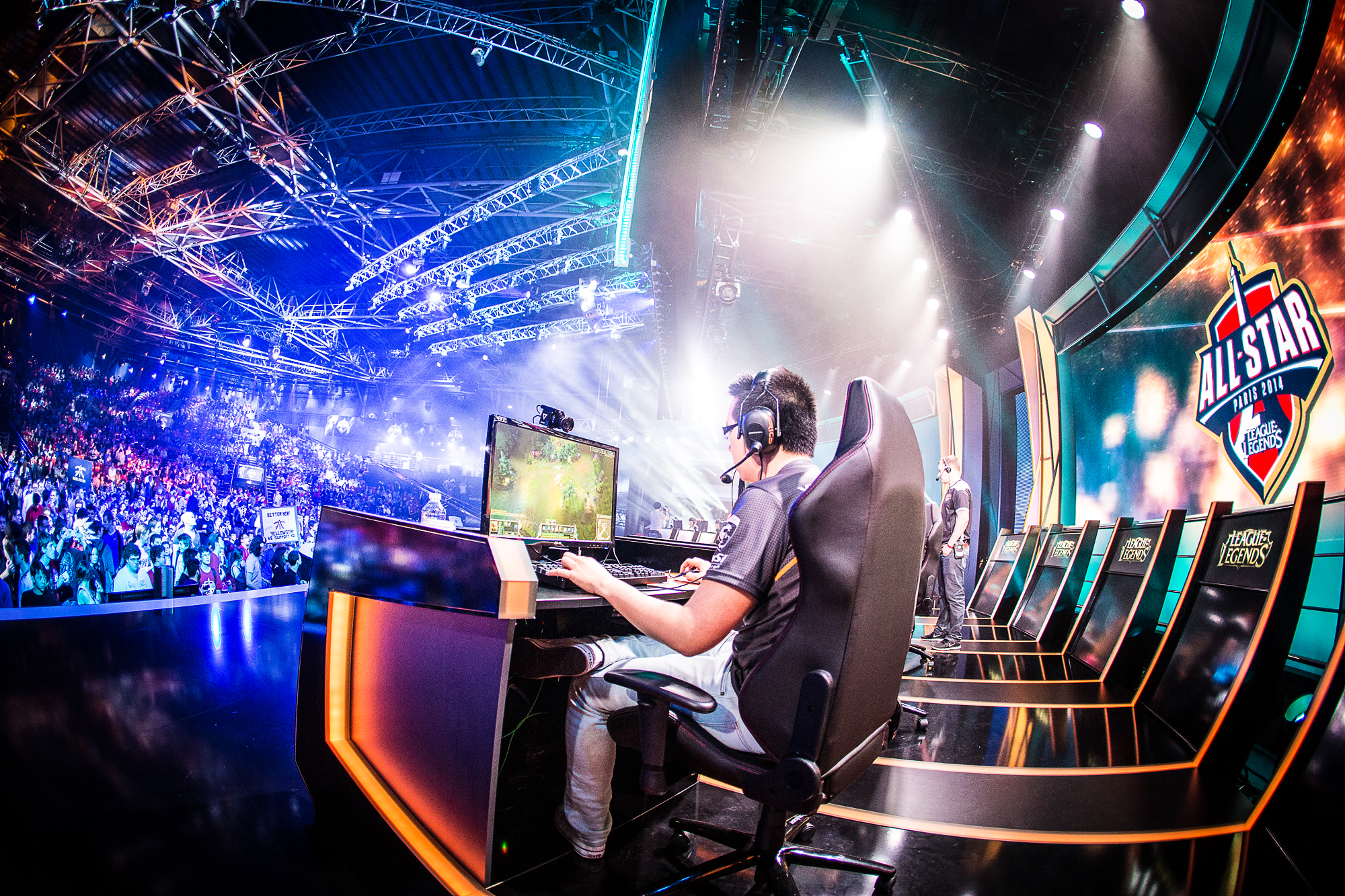 What is Ahead For eSports? Here Is A Primer…